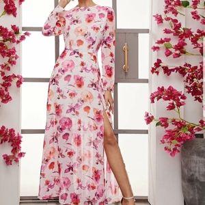 ⚘Shein Floral Dress